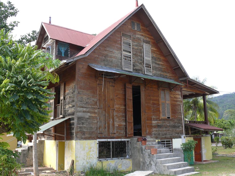 maison traditionnelle seychelloise